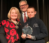 Year 6 fencing pupil receives special award